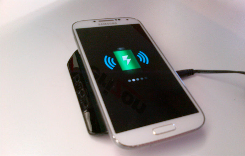 Wireless charger for Galaxy S4
