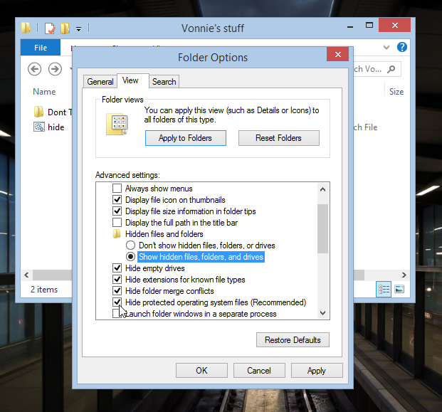 Folder Options in Windows 8.1 Hide protected operating system files